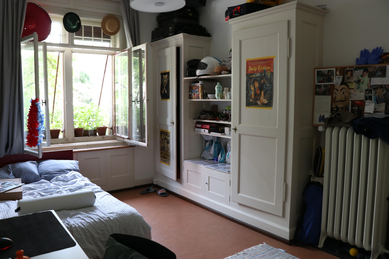 Room-example-1.1