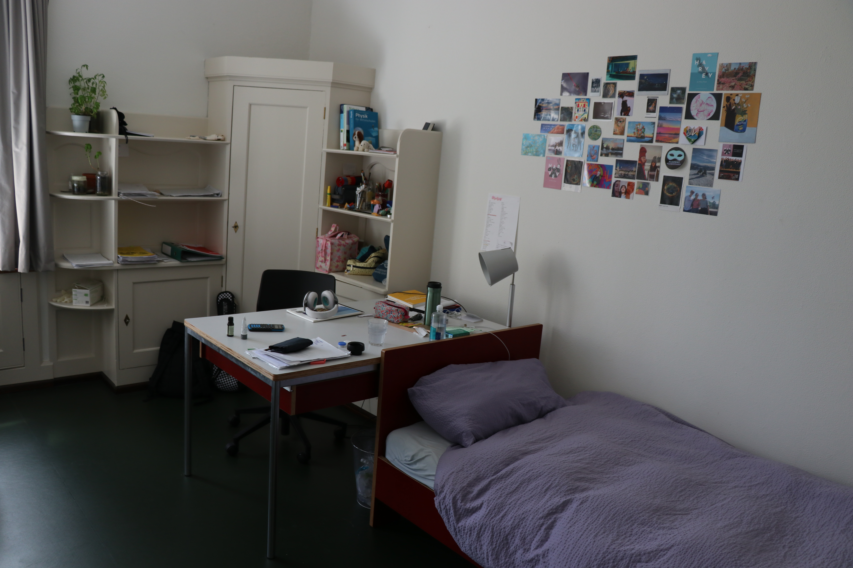 Room-example